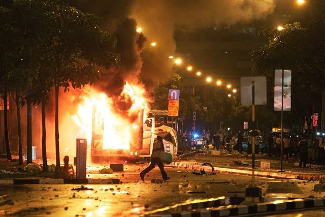 RiotinLittleIndia,Singapore?!!~December