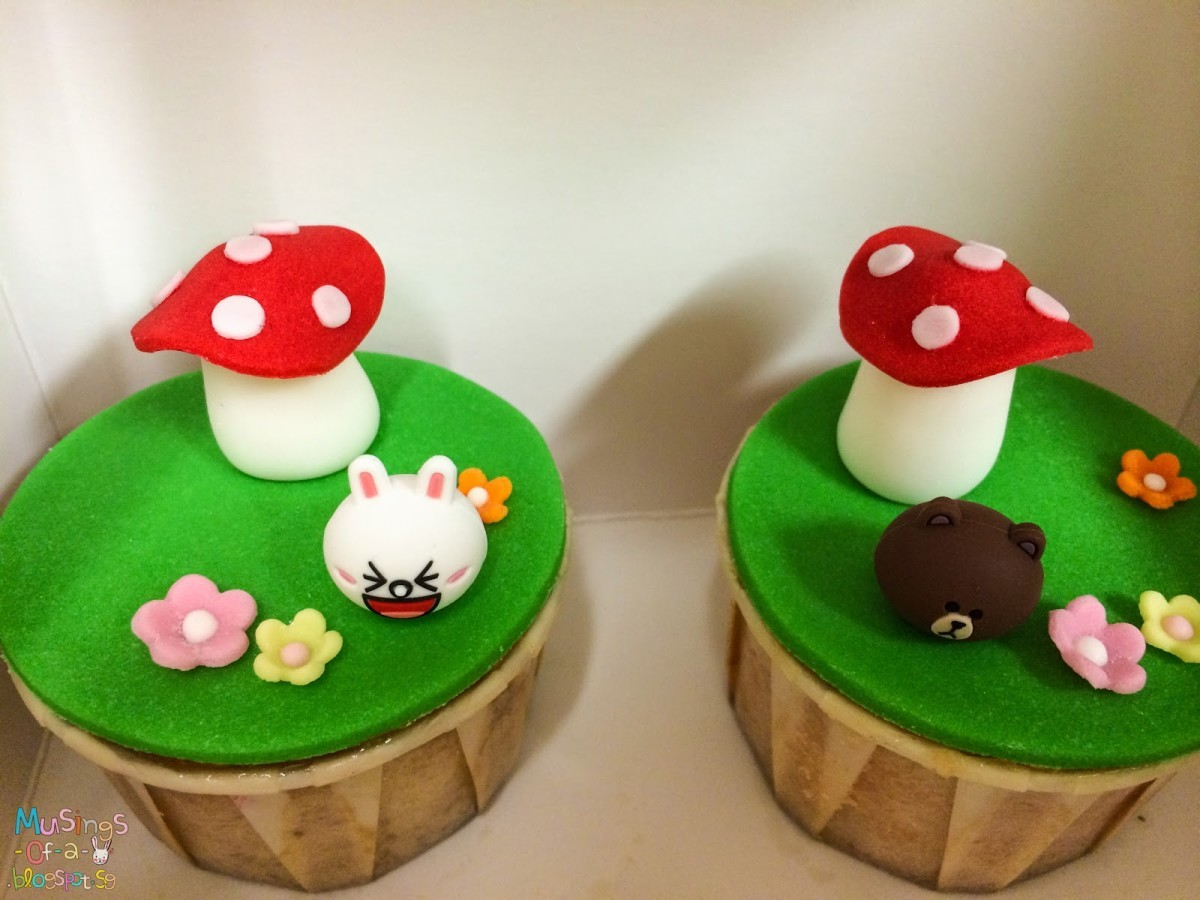 LINE Character Themed Cupcakes