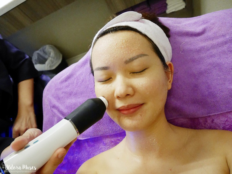 GeneO+ Super Facial with Estetica Review